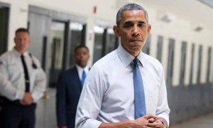 """El Presidente Obama vista la carcel """"El Reno"""""""